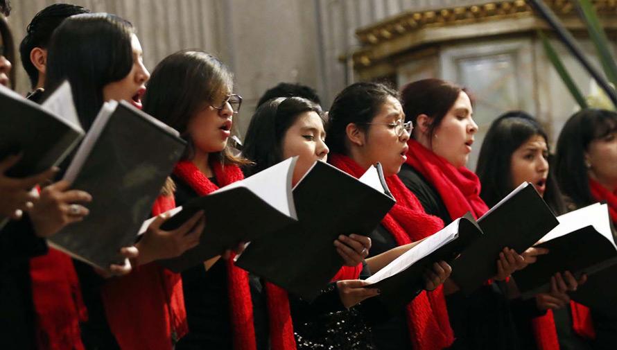 Concierto de canciones de Navidad por el Coro Nacional de Guatemala