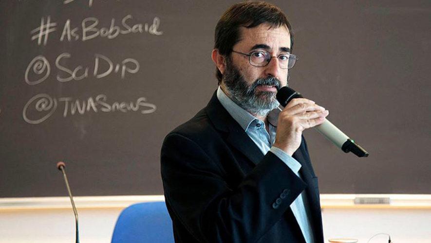 El científico Fernando Quevedo recibió la medalla Adbus Salam, 2018