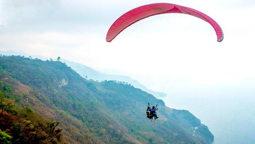 Aventura para volar sobre el Lago de Atitlán