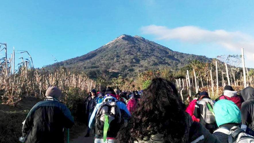 Caminata familiar al Volcán de Agua | Enero 2019