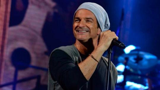 Canción Señora de las Cuatro Décadas de Ricardo Arjona es interpretada en q'eqchi'