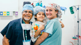 Cirugía gratuita de labio y paladar hendido para niños y adolescentes, diciembre 2018