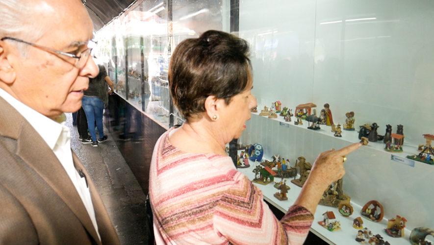 Esposos guatemaltecos tienen colección de más de 700 Nacimientos en Miniatura