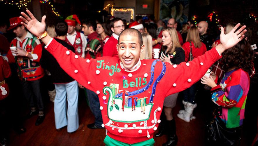 Fiesta benéfica de Navidad con suéteres feos | Diciembre 2018