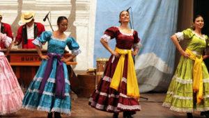 Show de danza y marimba en vivo en Antigua Guatemala | Diciembre 2018
