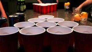 Torneo de beer pong en Antigua Guatemala | Diciembre 2018