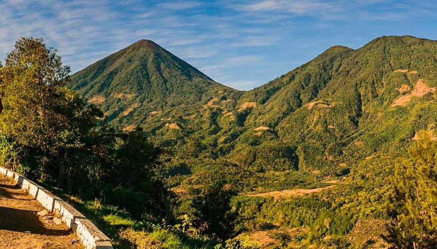 Campamento en el volcán Tolimán | Diciembre 2018