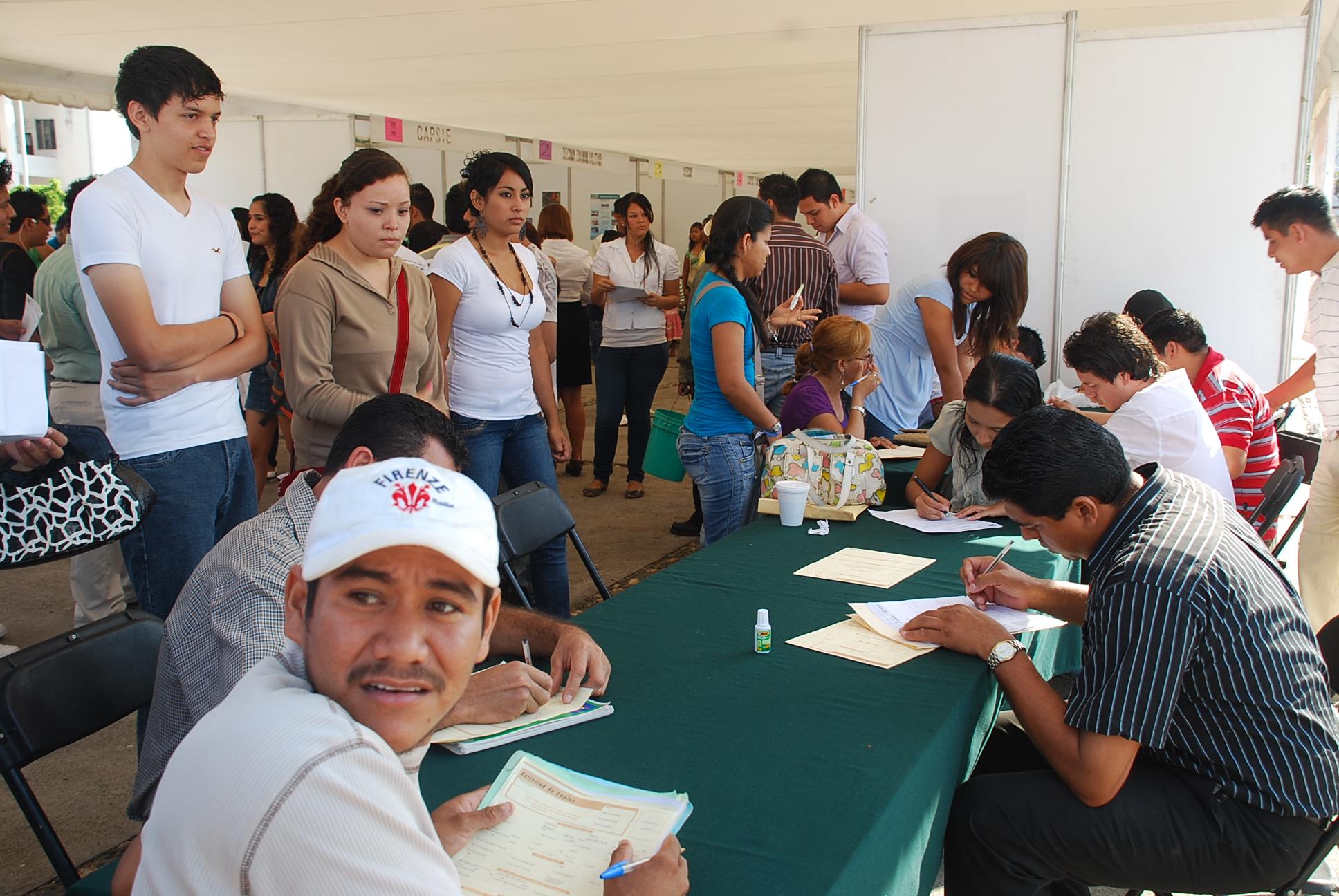 Feria de empleo en la USAC