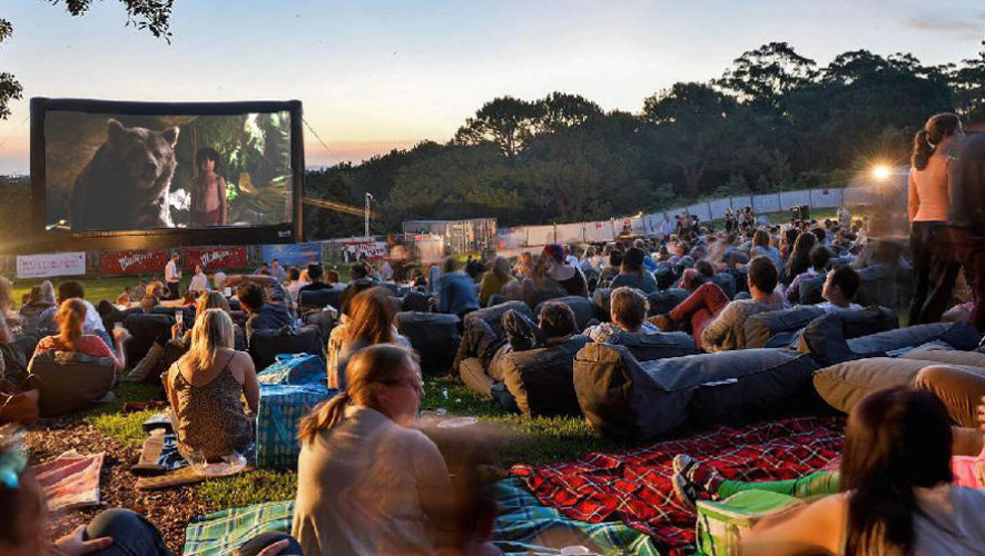 Noche de películas al aire libre en Eco Aventura   Febrero 2018