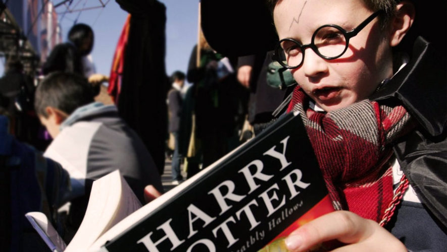 Celebración mundial de libros de Harry Potter en Sophos | Febrero 2018