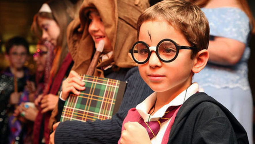 Celebración del Harry Potter Book Night en Guatemala de Artemis Libros   Febrero 2018