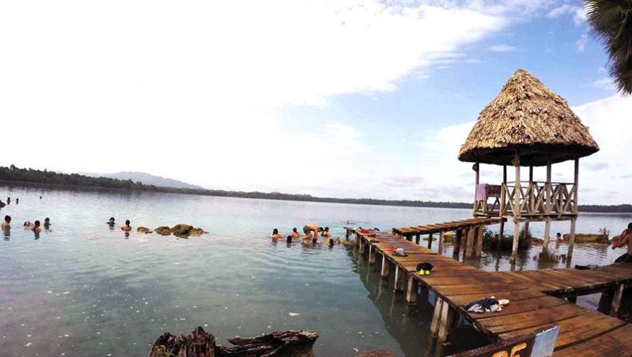 Diviértete nadando en Laguna Lachuá | Enero 2018
