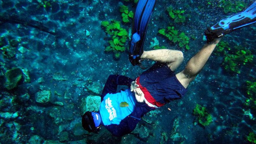 Viaje para nadar en el Cráter Azul en Petén | Febrero 2018