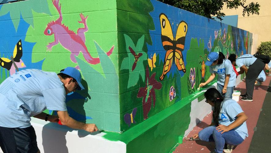 Voluntariado para pintar y decorar en Barrio Gerona, Ciudad de Guatemala   Enero 2018