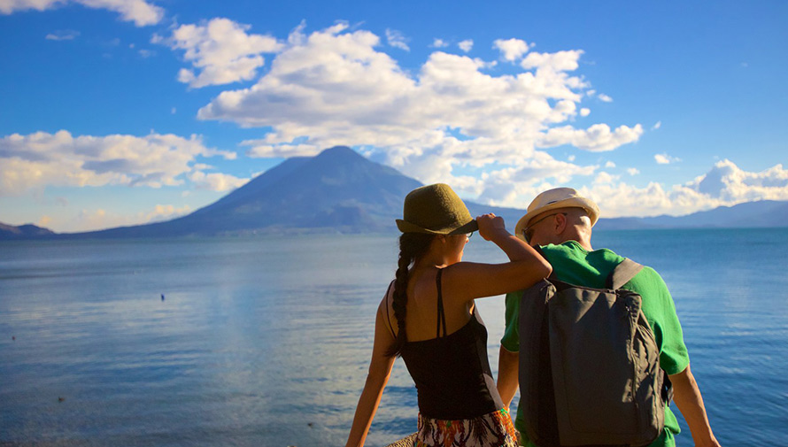 El Lago de Atitlán es una de las aventuras más románticas del mundo, según NatGeo