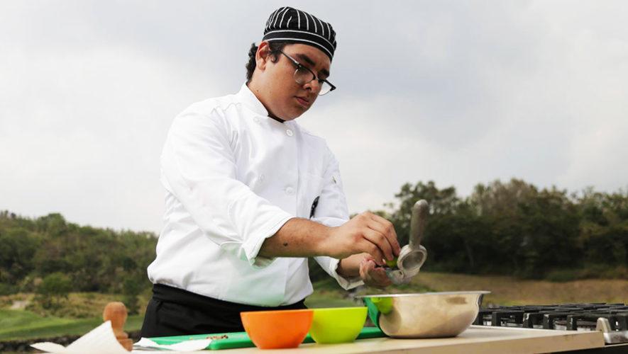 El guatemalteco Enio López ganó una beca en una escuela gastronómica de España