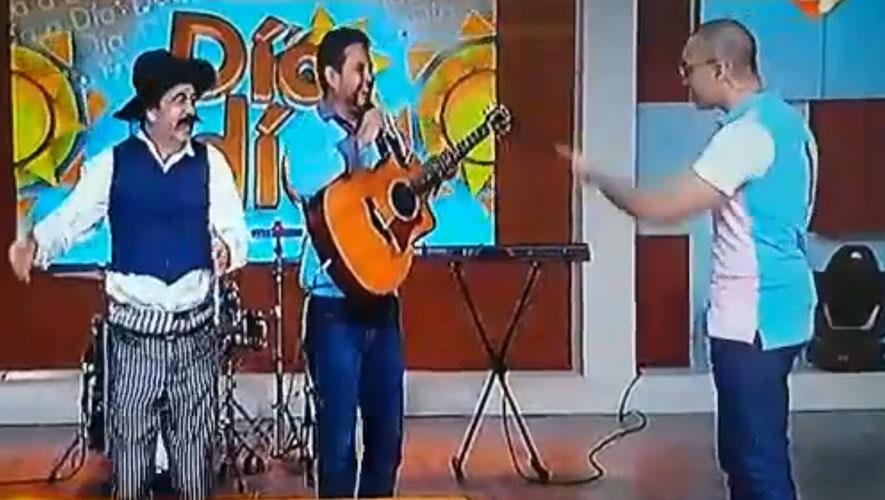 Junio Jocol, cantante guatemalteco se presentó en un programa de México