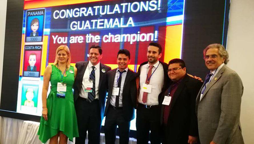 Médicos guatemaltecos ganaron el primer lugar en un congreso en Panamá