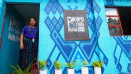 Mujeres guatemaltecas transforman Santa Catarina Palopó, según medio estadounidense