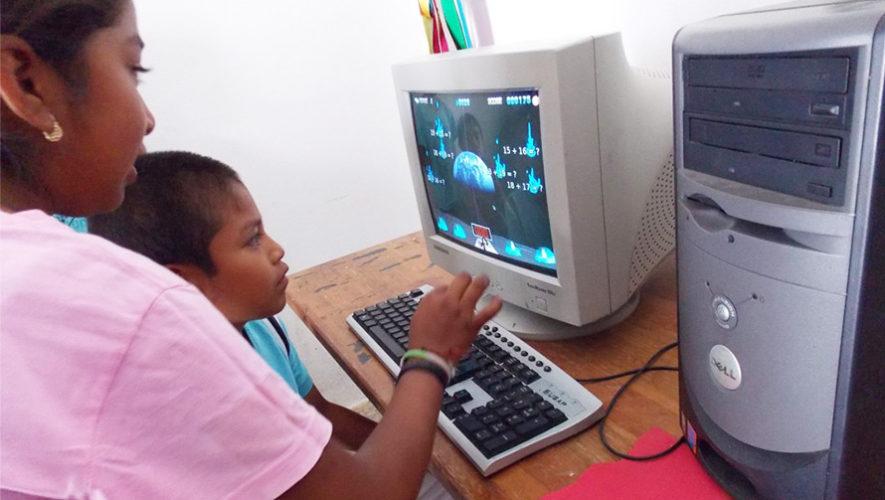 Recolecta de aparatos electrónicos para una escuela de San José Pinula