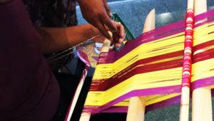 Aprende a tejer con Telar de Cintura artesanal en Museo Ixchel | Febrero 2018