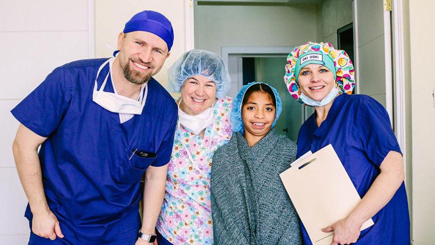 Cirugía gratuita de mano y brazo para niños y adolescentes en la Ciudad de Guatemala