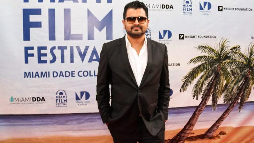Kenneth Müller ganó el Premio como el Mejor Director de Septiembre