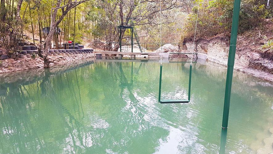 La primera Eco Poza construida con llantas recicladas en Chiquimula