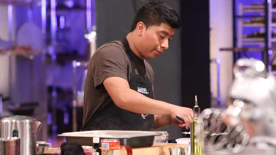 Manuel Tol, chef guatemalteco cocinó el mejor postre en MasterChef Latino