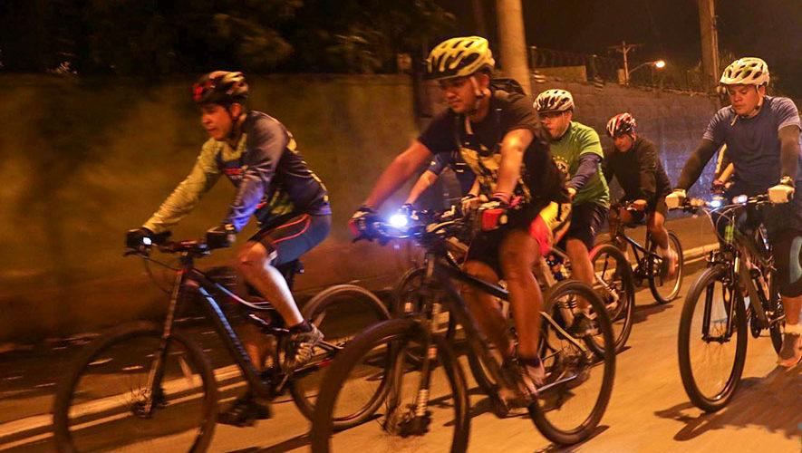 Tour nocturno en bicicleta por la Ciudad de Guatemala | Marzo 2018