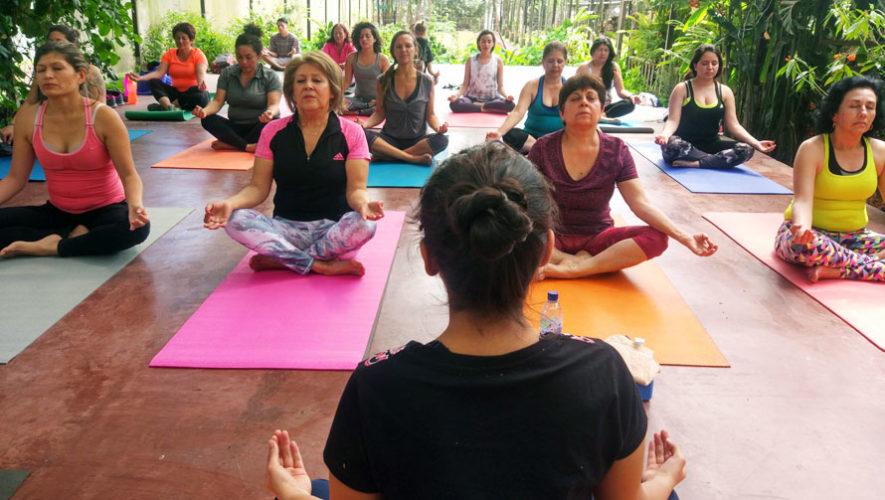 Talleres gratuitos de yoga con instructora de la India   2018