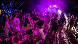 Fiesta de verano con música en vivo en Monterrico | Marzo 2018