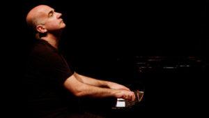 Concierto del pianista francés Hugues Leclére en Antigua   Abril 2018