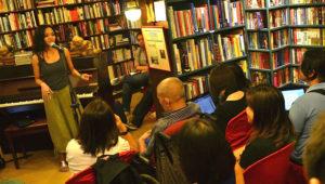 Noche de poesía en Artemis Libros | Marzo 2018