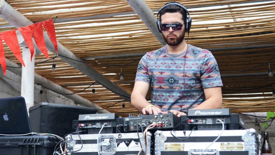 Festival de Música Electrónica en 4 Grados Norte   Abril 2018
