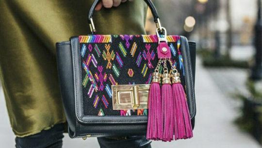 Bolso de Maria's Bag resaltado en revista Vogue de Japón