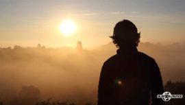 El amanecer en las ruinas de Tikal impresionó a Alan por el Mundo