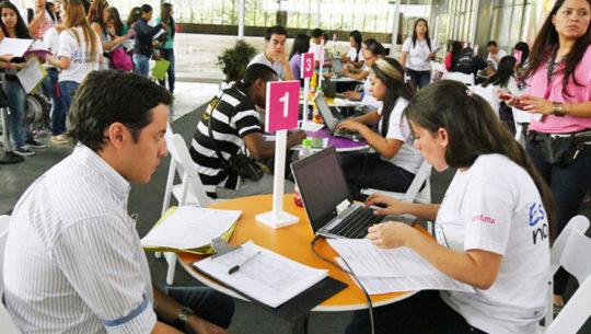 Feria de Empleo en la Universidad Mariano Gálvez, Ciudad de Guatemala