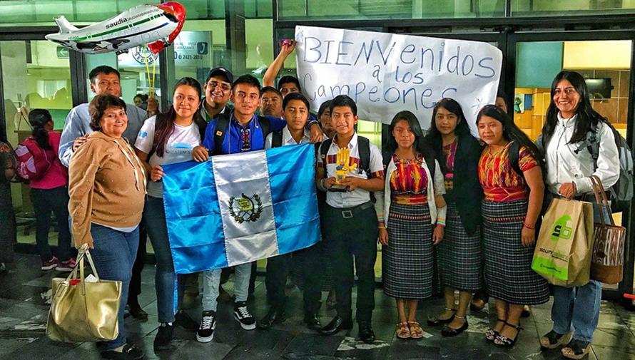 Guatemaltecos ganaron el primer lugar en competencia de robótica en Estados Unidos