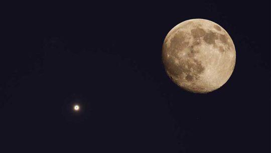 Hora para ver la conjunción de la Luna y Venus desde Guatemala, abril 2018