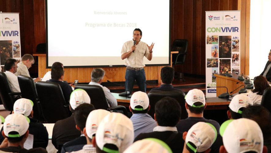 Charla para aplicar a becas en Guatemala | Abril 2018