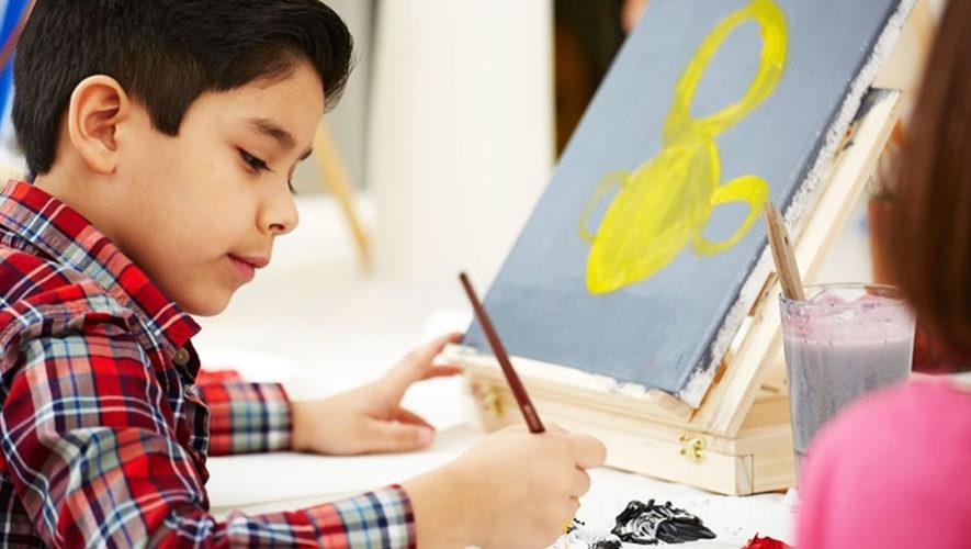 Clase gratuita de pintura en canvas para niños en Guatemala   Abril 2018
