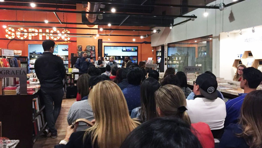 Presentación de libro: El Viaje, de Uki Aguirre   Abril 2018