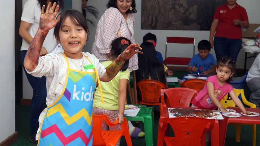 Taller gratuito de arte para niños en el FCE | Abril 2018