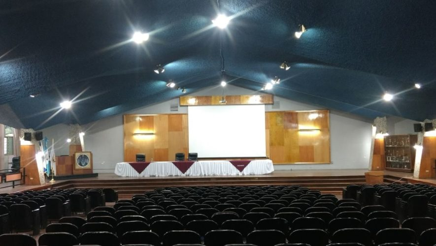 Auditorio Francisco Vela USAC