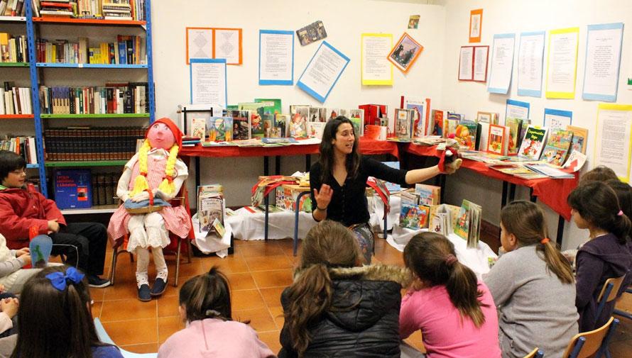 Club de lectura para niños en Fondo de Cultura Económica