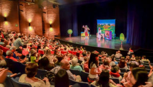 Función gratuita de teatro para niños: Regalo Sorpresa | Abril 2018