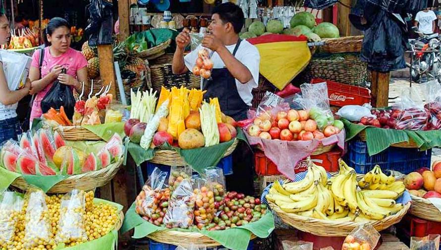 En San Miguel Petapa prohíben el uso de bolsas plásticas, pajillas y duroport