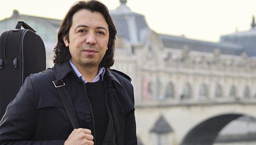 Homenaje al violinista Survier Flores en el Conservatorio Nacional de Música