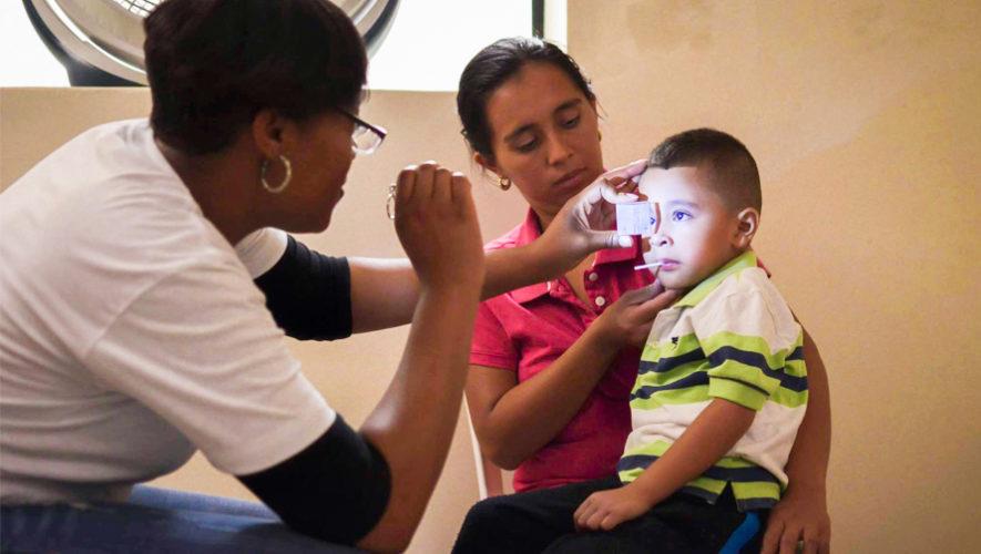 Jornada de oftalmología gratuita para niños en la Ciudad de Guatemala